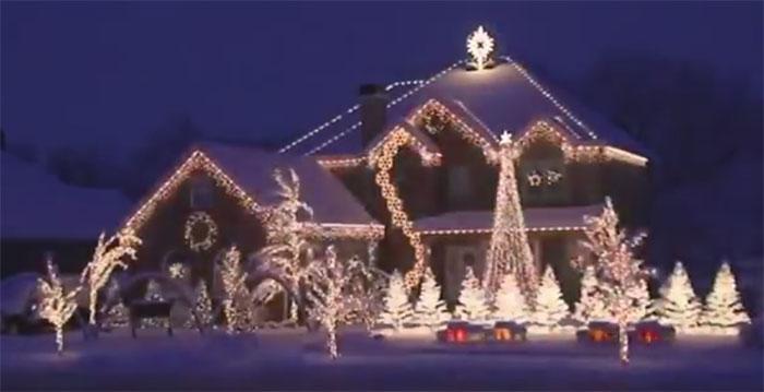 best christmas lights display christmas light show - Best Christmas Light Show