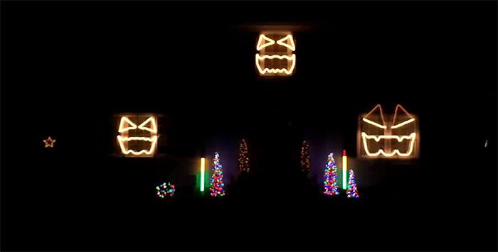 Cadger Christmas Light Show